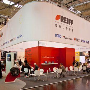 Messestand der REIFF Gruppe auf der Messe Reifen in Essen